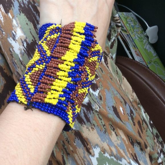 Anthropologie Jewelry - Handbeaded Aztec Pattern Stretch Fringe Bracelet
